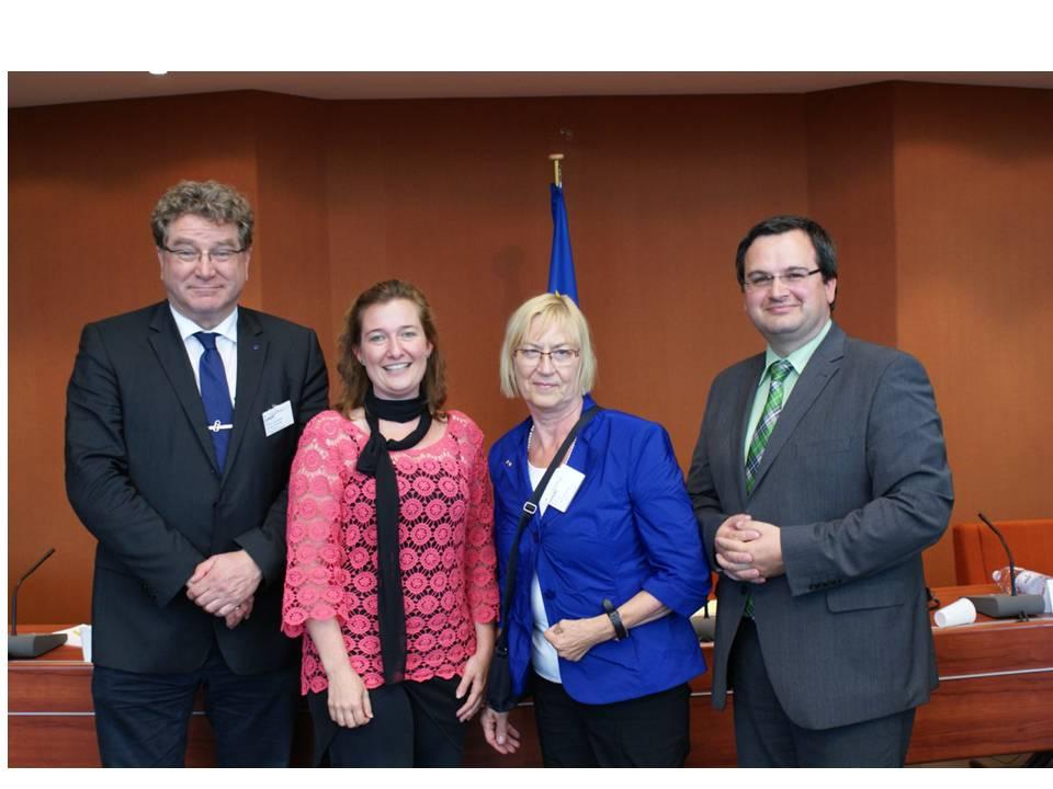Europadiplom_gemeinsames_Bild