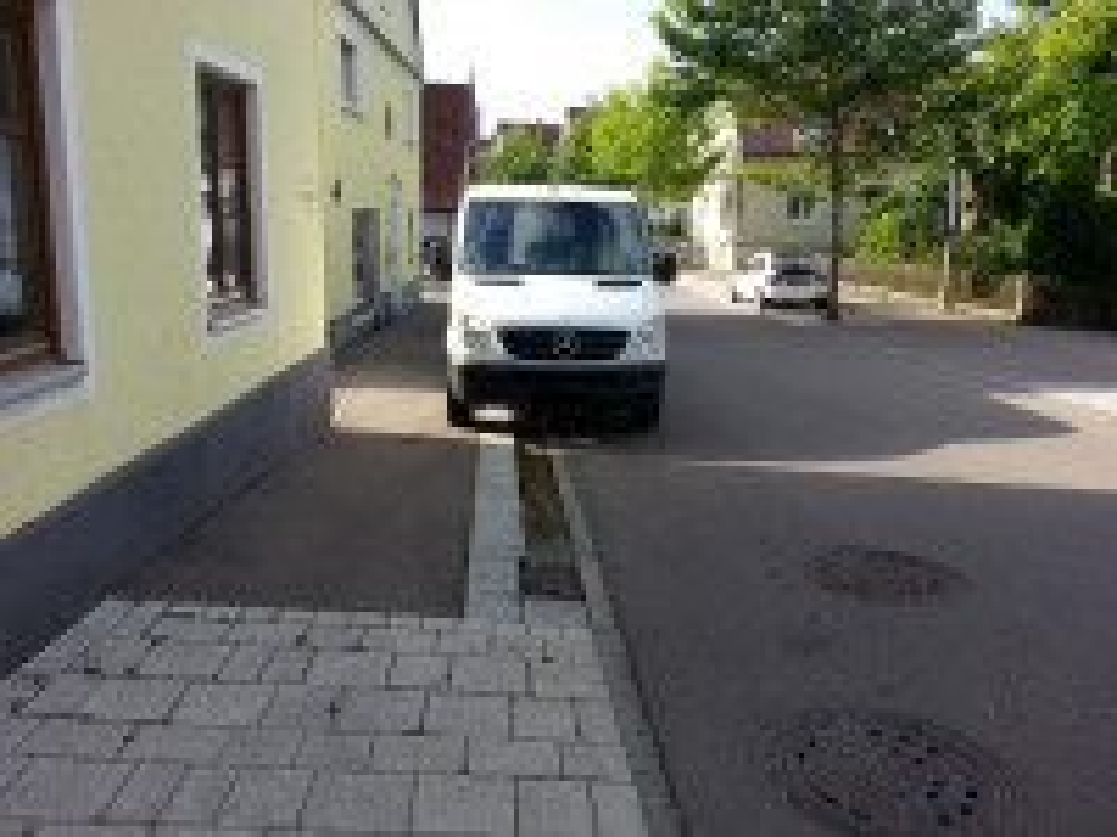 Parken auf Gehwegen ist nicht erlaubt