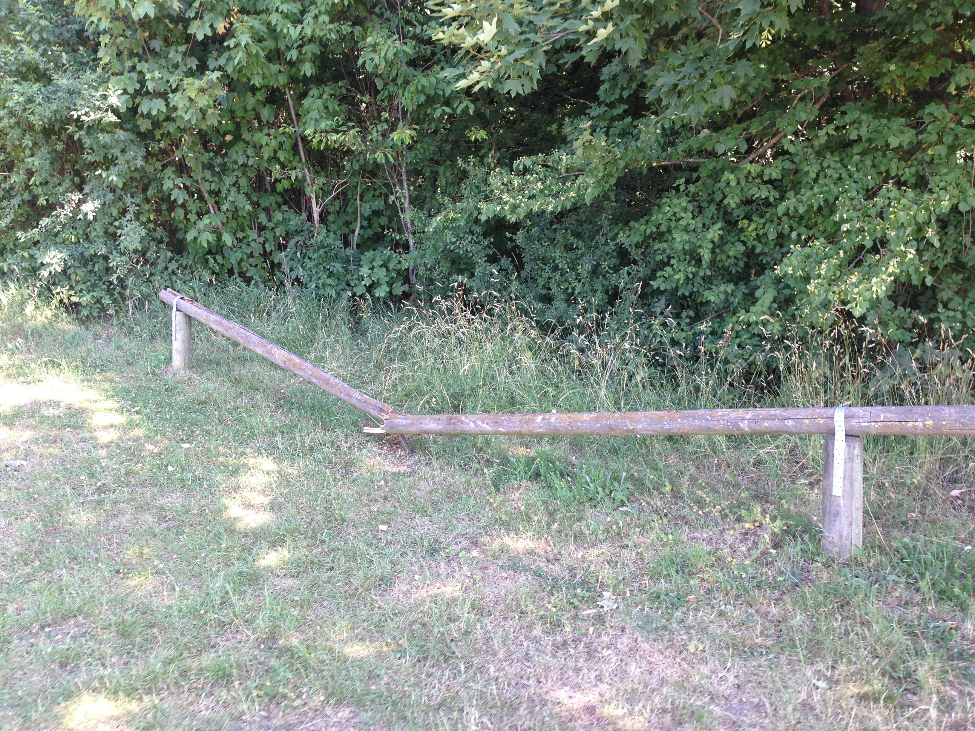 Sachbeschädigung am Waldsportplatz